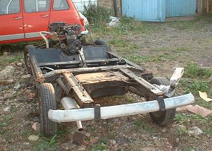 Renault 4 rolling chassis