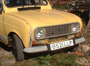 Front of a Renault 4