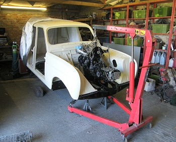 Fitting the R5 Gordini Alpine Engine
