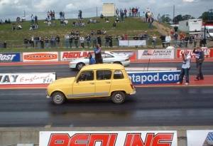 Renault 4 on the start line