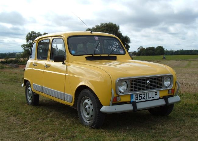 driving a renault 4 one year on. Black Bedroom Furniture Sets. Home Design Ideas