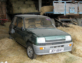 Genuine barn find photo of Renault 5 Mk1
