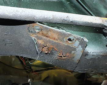 Rust in anti-roll bar mounting